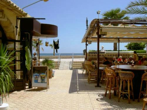 beach side cafes